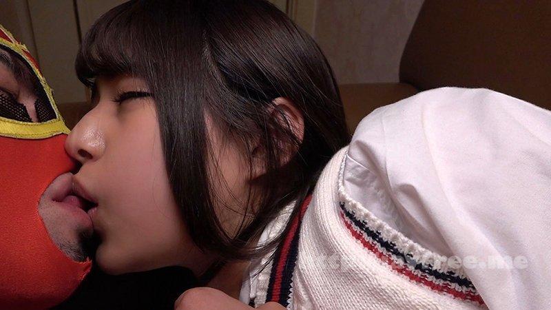 [DORI-025] パコ撮りNo.25 ニコニコと嬉しそうに「デザート頂きます♪」と生チン挿入を悦び中出しされた八重歯が可愛いJ●に再挿入にして顔射した! - image DORI-025-1 on https://javfree.me