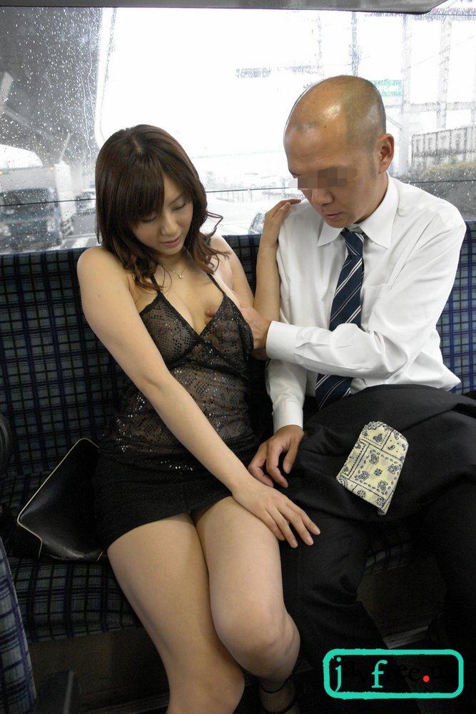 [DV-1302] 痴漢バスおとり捜査官 麻美ゆま - image DV1302h on https://javfree.me