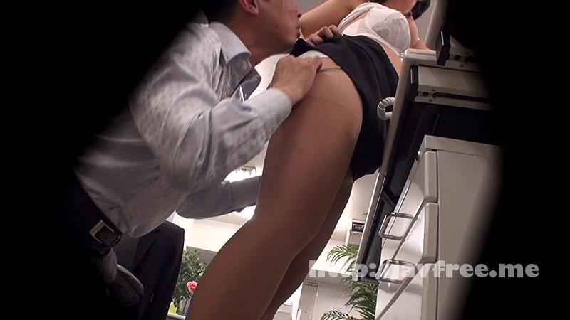[DVDES-815] 巨乳の上司と職場でセックスしたい…2人きりのオフィスで残業中に部下のイケナイ欲望を告白された年上の女子社員は身体を許してしまうのか!?バレたら即懲戒免職の社内盗撮でそのヤリたい願望をAV制作会社が完全バックアップ!! - image DVDES-815-8 on https://javfree.me