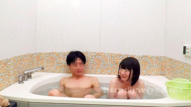 [HD][DVDMS-213] 一般男女モニタリングAV 仲良し父娘'父の日ドッキリ'企画「ねぇお父さん!一緒にお風呂入ろ!」女子○生の娘とお父さんが自宅のお風呂で密着ふれあい入浴体験! 2 突然お風呂に入ってきた娘の成長した裸にお父さんチ○ポが思わずフル勃起! - image DVDMS-213-2 on https://javfree.me