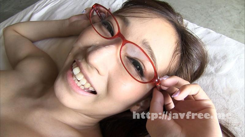 [EKDV-412] 眼鏡×競泳水着×くびれボイン 蓮実クレア - image EKDV-412-9 on https://javfree.me