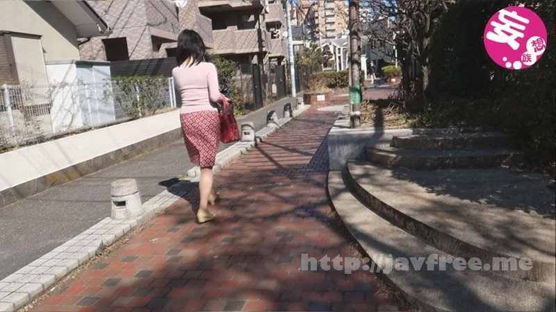 [EMEN-044] 街でエロい身体した主婦を勝手に連れ去って、陵辱レイプしたのでAV販売!Vol.3 - image EMEN-044-1 on https://javfree.me