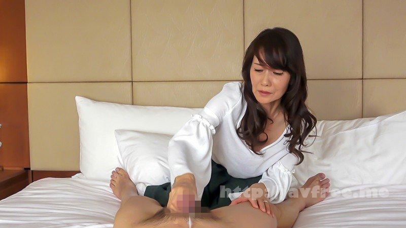 [HD][EQ-412] おばさん!おち○ぽシゴいて下さい!男のセンズリに欲情する熟女の性3