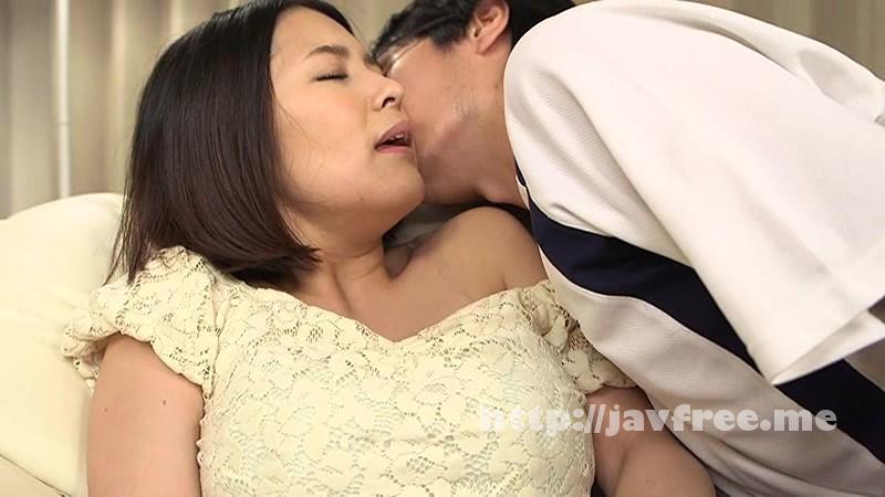 [FSET 571] パンシミさせながら寝ている親友の巨乳彼女を寝取った俺 里咲しおり 福咲れん 本田莉子 安堂怜 FSET