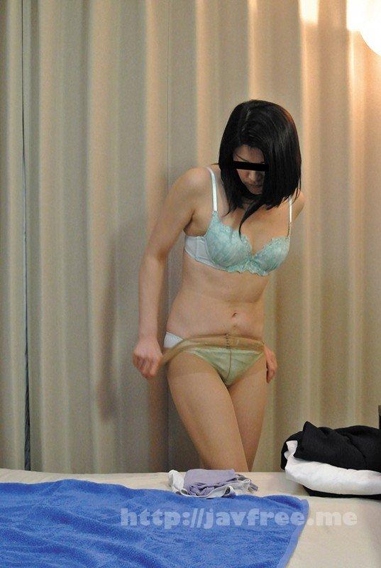 [HD][FUFU-177] 事務員の妻を騙して性感マッサージを受けさせたら…F.S(47) - image FUFU-177-9 on https://javfree.me