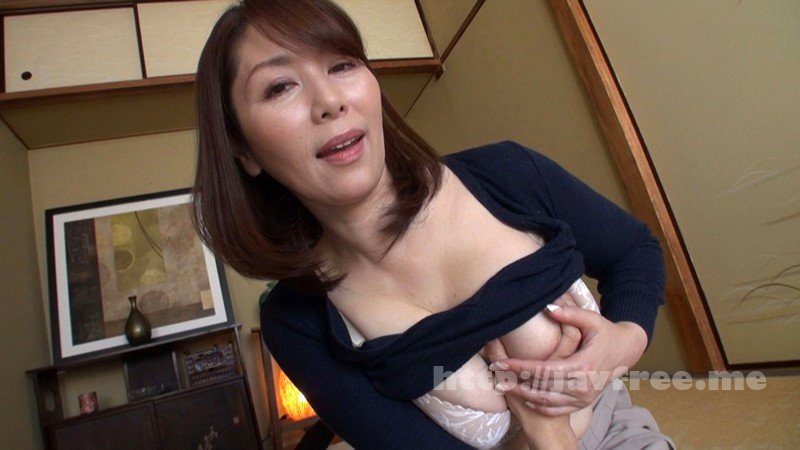 [HD][GOJU-102] ささやき淫語で誘惑する淫乱五十路妻 翔田千里