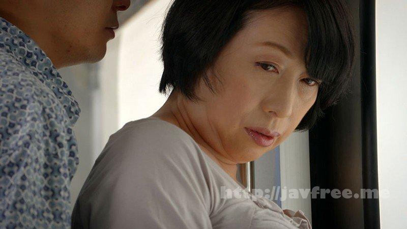 [HD][GOJU-137] 電車痴● 接吻挑発されて発情した熟女たち - image GOJU-137-7 on https://javfree.me
