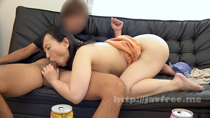 [HD][GOJU-176] 美熟女連れ込みナンパ 男ひでりの欲求不満奥様となし崩しセックスに成功! - image GOJU-176-3 on https://javfree.me