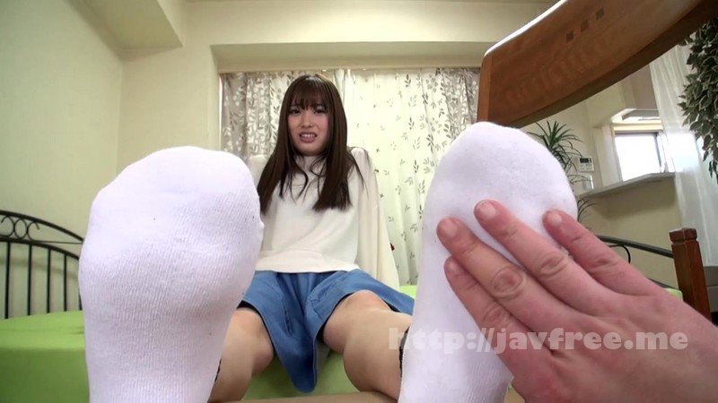 [HD][GUN-743] 美女たちの足裏をふやけるまで舐めたい!