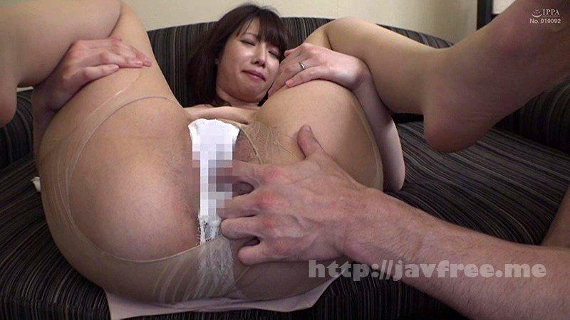 [HAWA-142] 夫に内緒で他人棒SEX「実は主人の精液も飲んだことないんです」30歳すぎて初めての精飲 凌辱願望のあるドM上京妻 なつみさん33歳