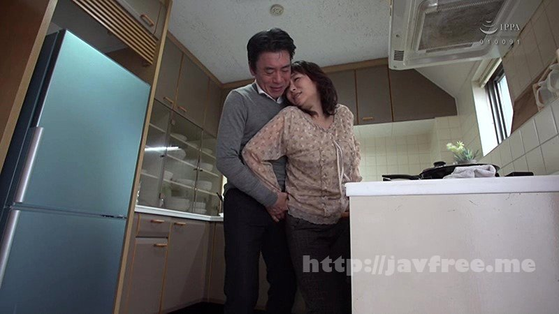 [HBAD-404] 進学のため上京してきた親戚の田舎娘、色白巨乳で発情期・奥さんの目を盗んで叔父さんとやってお仕置き 安田あい
