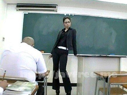 [HD][HBAD-42] 黒女教師 陵辱女王の教室 山本瞳子