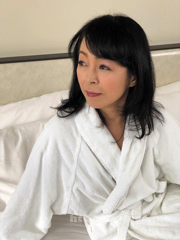 [HD][HEZ-263] 京都の婦人59歳にしてアナルデビュー! 藍川京子 - image HEZ-263-11 on https://javfree.me