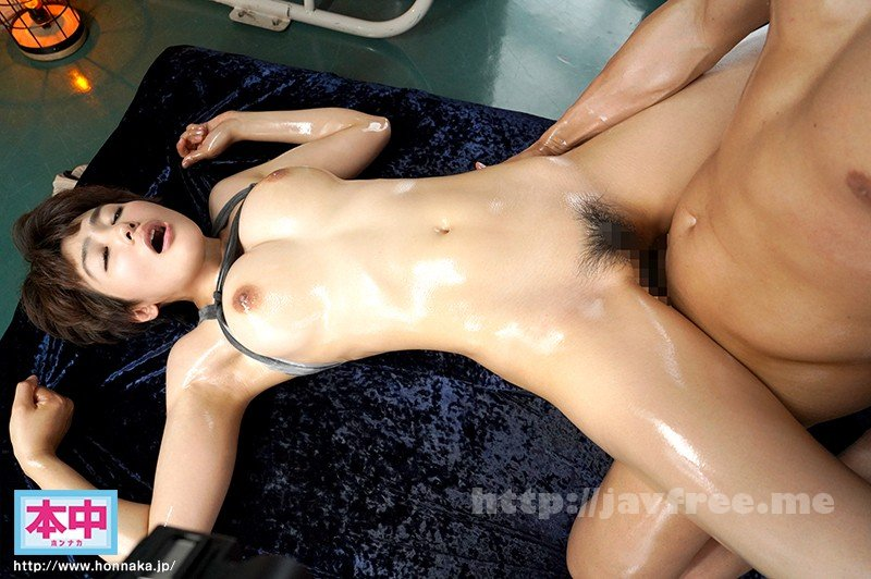 [HD][HUSR-216] 見た目もカラダもドスケベ過ぎる!南米で見つけた!超絶カワイイ正真正銘パツキン黒ギャルとスレンダー美女が日本人と生セックス! - image HND-867-4 on https://javfree.me