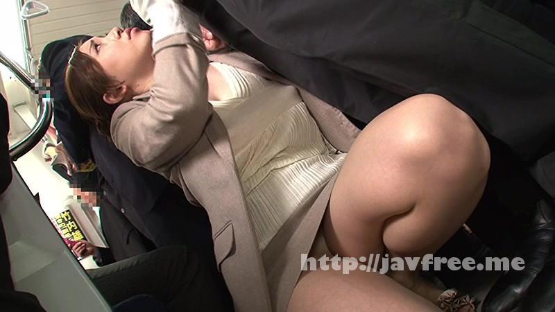 [HUNT 871] ひじグリグリ痴漢 巨乳娘が超満員電車で乳首くっきりまさかのノーブラ?すぐ目の前に飛び込み乗車して来た美人巨乳をよくよく見たらまさかのノーブラ!! HUNT