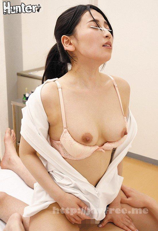 [HD][HUNTA-873] 一生懸命働くキレイな女性(看護師、教師、OL…)は自分がパンチラしている事に気づかないほど仕事に夢中。その無防備なパンチラが男の勃起を誘発! - image HUNTA-873-10 on https://javfree.me