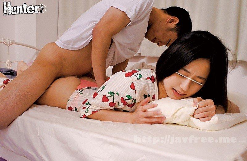 [HD][HUNTA-923] 『えっ!Tバック?』普段は子供っぽい格好して色気のない妹がまさかのTバックでフル勃起!我慢できず寝ている妹に寝バック高速ピストン決めたら… - image HUNTA-923-11 on https://javfree.me