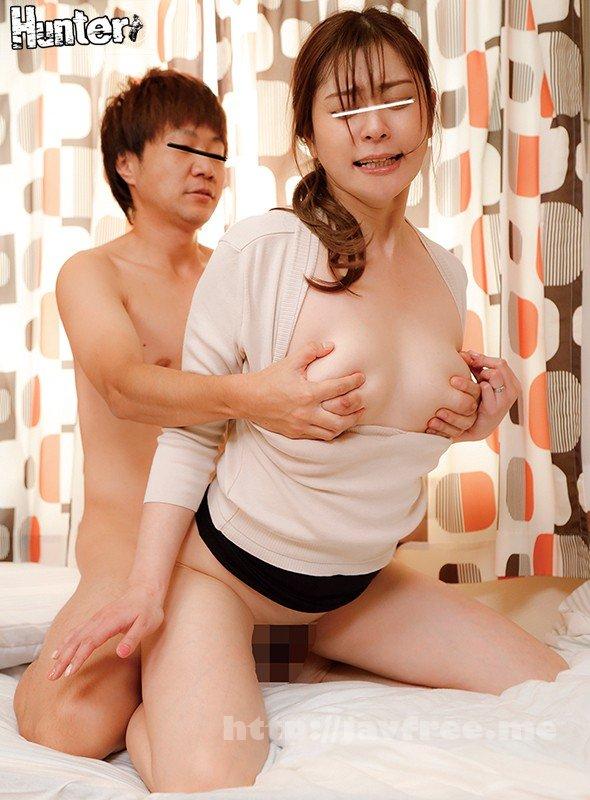 [HD][HUNTA-980] 気弱な巨乳義母のおっぱいを吸い続けている童貞のボクが、卒乳する代わりにチ○ポを挿入して何度も中出し!童貞のボクには絶対人には言えない秘密が… - image HUNTA-980-15 on https://javfree.me