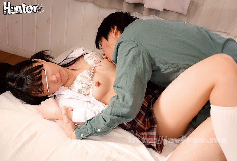 [HD][HUNTB-015] 「お兄ちゃんの精子って興奮する!」モテないボクの部屋で思春期義妹がフェラチオジャンキーに?親の再婚で新しくできた義妹はウブで可愛いのですが - image HUNTB-015-8 on https://javfree.me