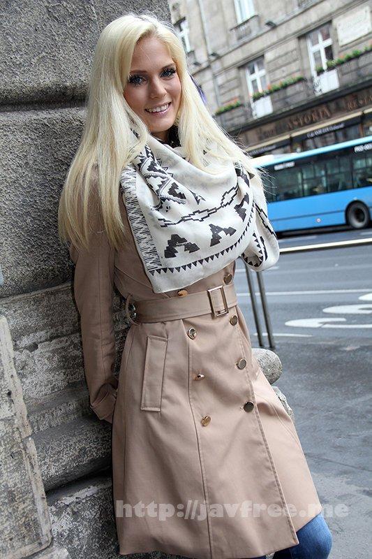 [HUSR-243] オール金髪!しかも桁違いの美人!東欧SSS級美女と最高に気持ちいい生ハメセックス!10人4時間 - image HUSR-243-6 on https://javfree.me