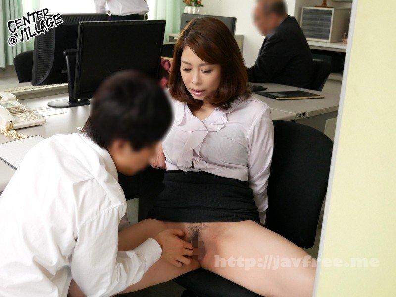 [HD][IQQQ-023] 声が出せない絶頂授業で10倍濡れる人妻教師 佐倉由美子 - image IQQQ-023-6 on https://javfree.me