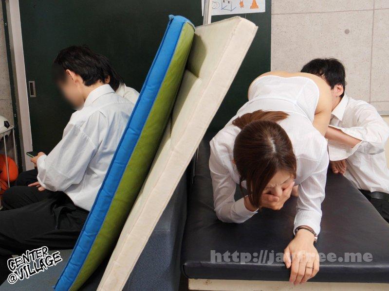 [4K][IQQQ-026] 声が出せない絶頂授業で10倍濡れる人妻教師 武藤あやか - image IQQQ-026-3 on https://javfree.me