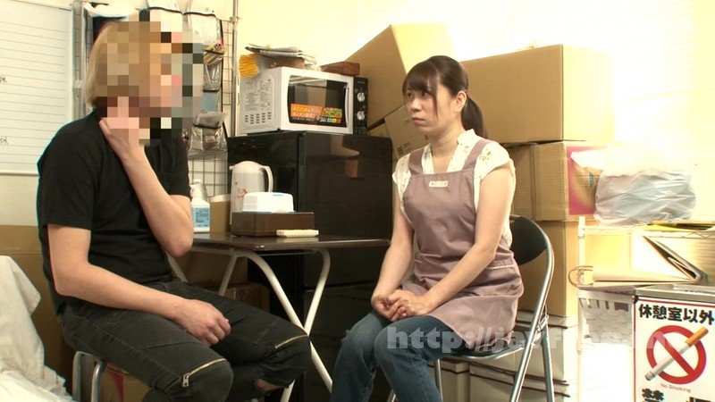 [HD][JJAA-042] パートの人妻さんが若い従業員をこっそり連れ込んで楽しむヤリ部屋になっているバイト先の休憩室17 - image JJAA-042-12 on https://javfree.me