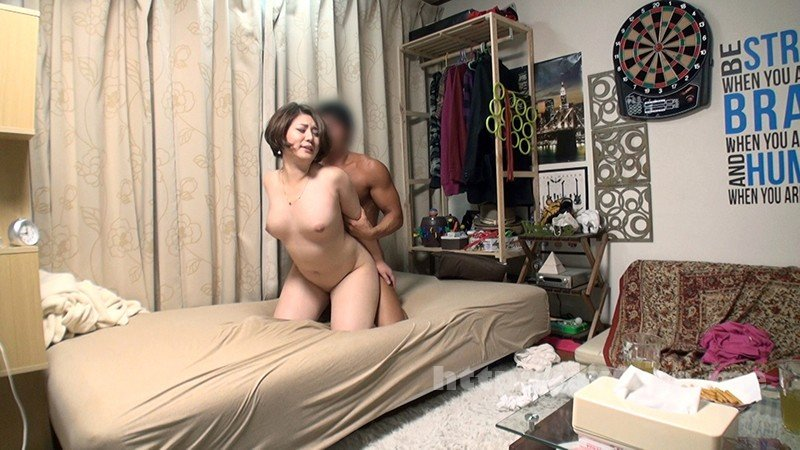 [HD][JJPP-175] イケメンが熟女を部屋に連れ込んでSEXに持ち込む様子を盗撮した動画。 FANZA限定!先行配信スペシャル!!108 - image JJPP-175-8 on https://javfree.me