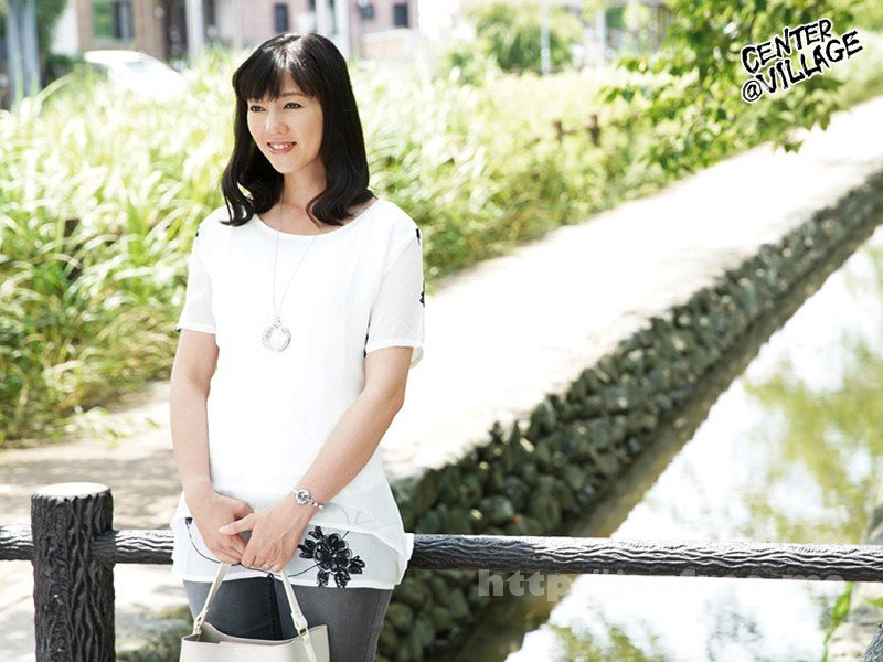 [JRZD-839] 初撮り人妻ドキュメント 周防あずさ - image JRZD-839-1 on https://javfree.me