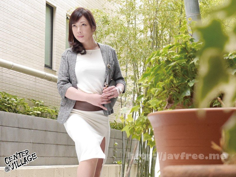 [HD][JRZD-885] 初撮り人妻ドキュメント 入江香澄 - image JRZD-885-1 on https://javfree.me