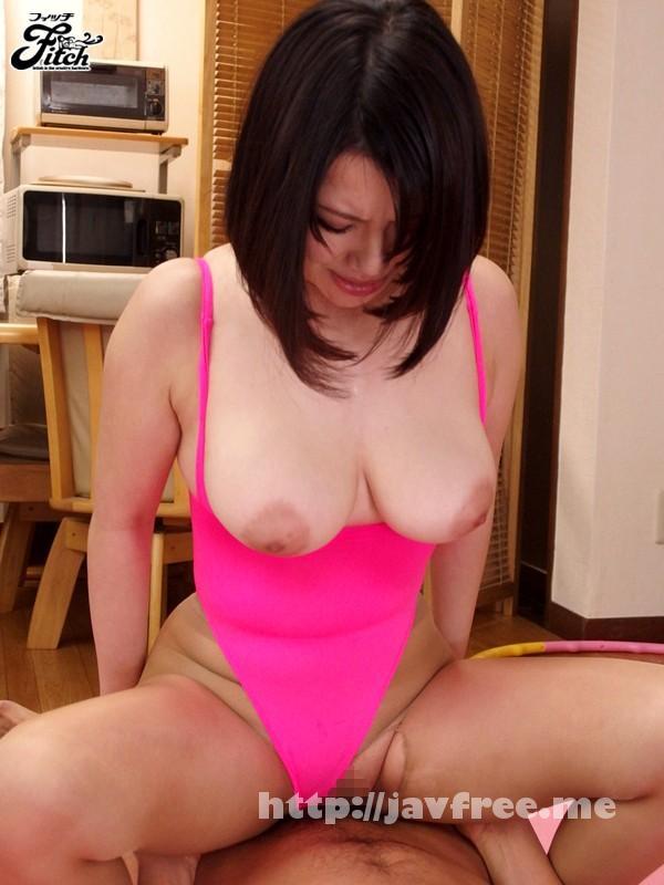 [JUFD 356] 無防備な胸チラで誘惑する爆乳妻の濃厚なパイズリ 岸杏南 岸杏南 JUFD