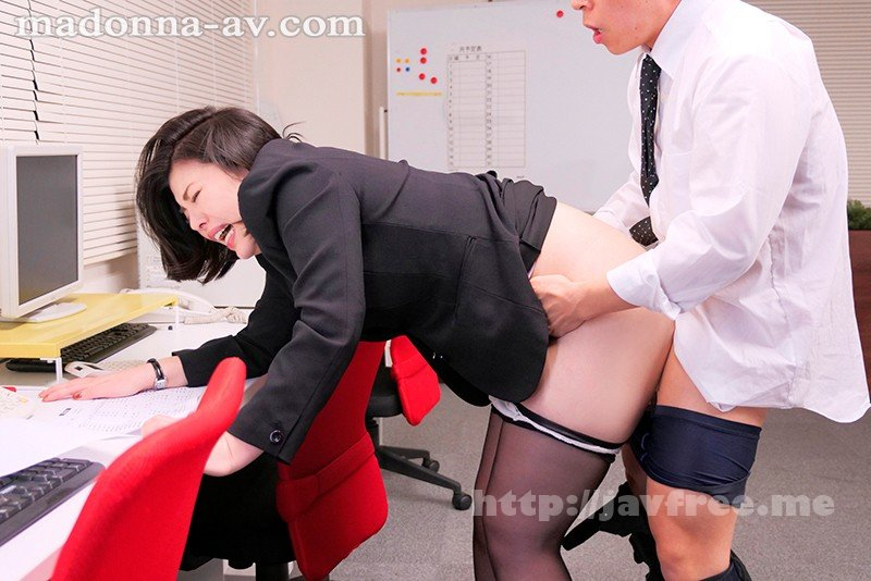 [HD][JUL-235] これは部下に厳しいムチムチ女上司にセクハラしたら怒られるどころかセックスまで出来た話です。 岡江凛 - image JUL-235-2 on https://javfree.me
