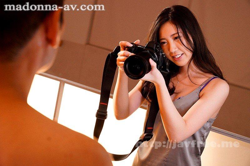 [HD][JUL-424] モデルが嫉妬するほど美しい元ファッション雑誌カメラマン 真谷しほ 30歳 AV Debut!! - image JUL-424-5 on https://javfree.me