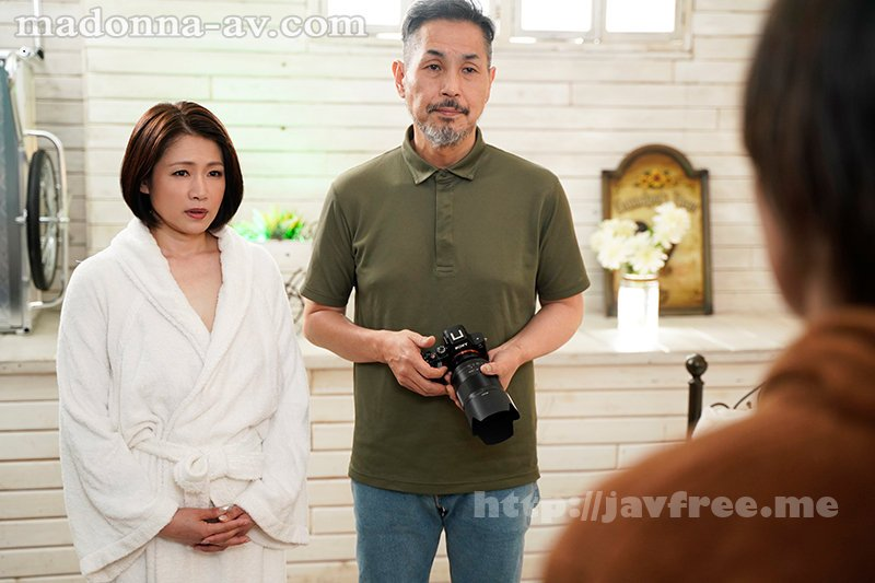 [HD][JUL-720] 背徳の寝取らせヌードモデル妻 友田真希 - image JUL-720-1 on https://javfree.me