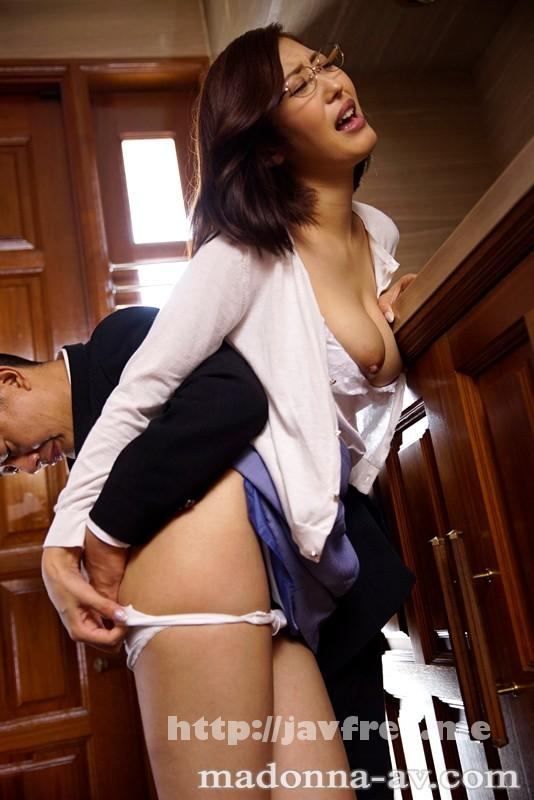 [JUY 052] 夫の上司に犯され続けて7日目、私は理性を失った…。 水野朝陽 水野朝陽 juy