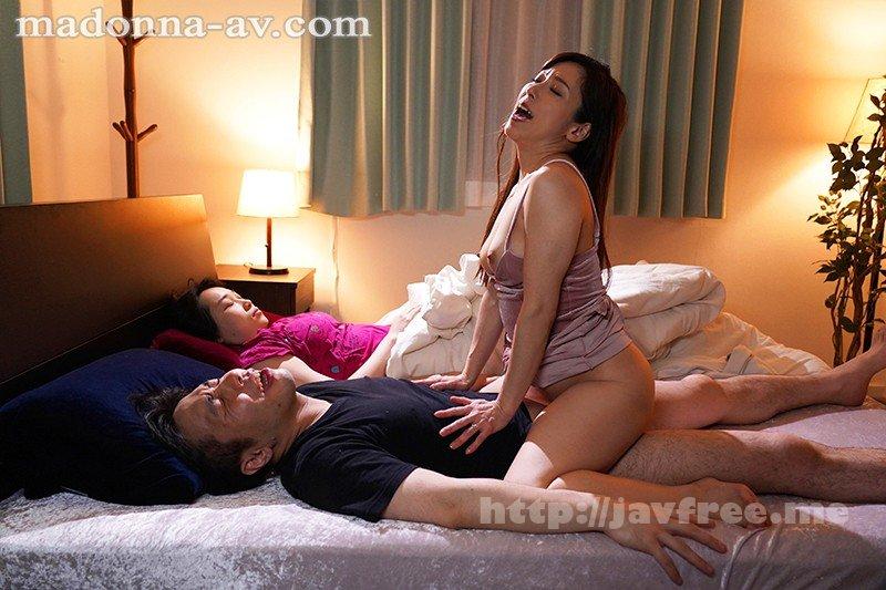 [HD][JUY-903] 妻のお姉さんの大胆不敵な寝取り誘惑 声を出せずに悶絶射精してしまった僕 白木優子