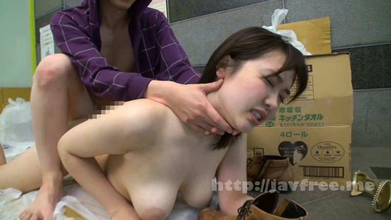 [HD][KAGP-036] ゴミ捨て場でノーブラ奥さんと遭遇 胸チラに興奮したのでその場で犯して中出し - image KAGP-036-11 on /