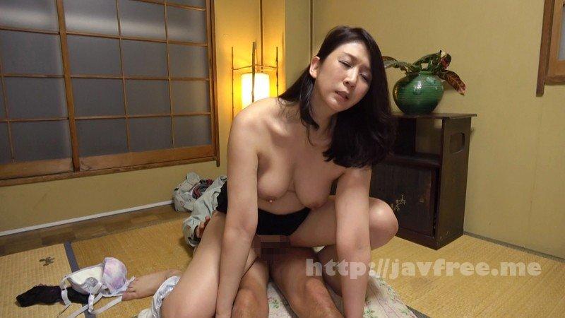 [HD][KAGP-059] 「おばさんの私が下着を盗まれるなんて…」2 自分を女として見てくれるというだけで人妻は発情してしまうので中出しセックスのハードルが低い! - image KAGP-059-20 on https://javfree.me