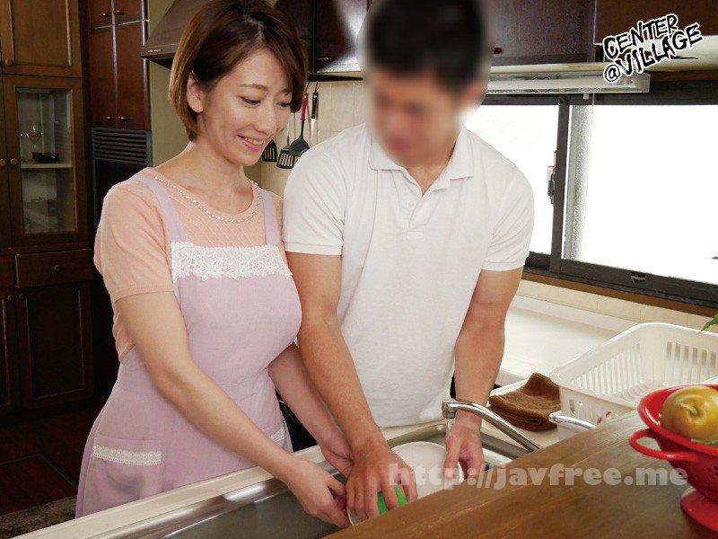 [HD][KEED-57] 娘の彼氏に膣奥を突かれイキまくった母 岡村麻友子