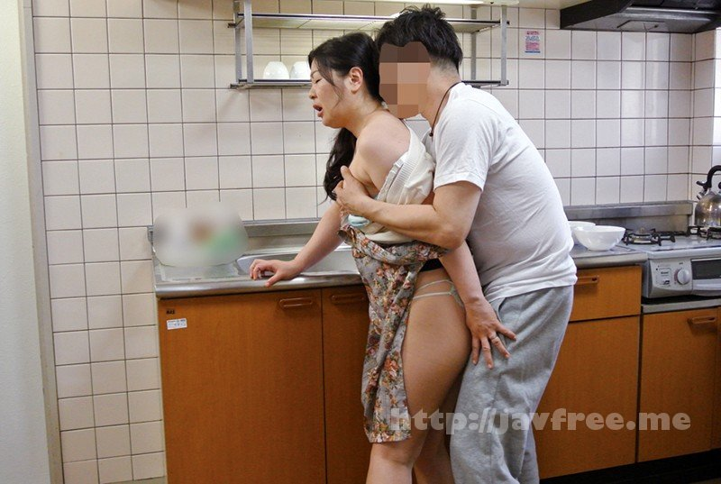 [HD][KEIFU-004] 罪悪感という快楽 地方の友人を家に泊めて夫がいるにもかかわらず 妻を口説かせたら…ゆりえ48歳 川田ゆりえ - image KEIFU-004-8 on https://javfree.me