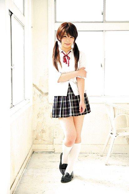 [HD][KRU-123] 清楚でかわいい女の子をいっぱい集めました! 制服美少女 全身女体観察 - image KRU-123-5 on https://javfree.me