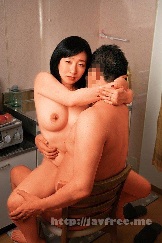 [HD][MCSR-396] 団地妻 密着汗だく汁まみれ 熟女を性獣にするハメ撮りセックス。潮吹き、愛液、連続絶頂、野獣アクメ 爆乳おしつけ濃密性交