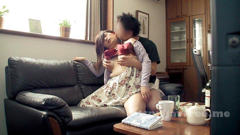 [MGDN-094] 旦那さんからのガチ依頼隠し撮り動画 「ウチの妻を酔わせて他人に抱かれる所を見てみたいんです。」スペシャル240分 - image MGDN-094-20 on https://javfree.me