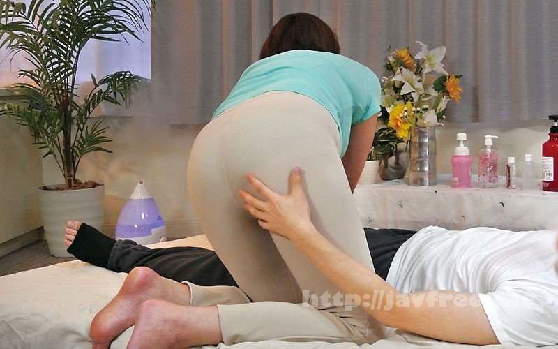 [HD][MGDN-145] 熟した体型がそそる完熟おばさんのマッサージ店240分 - image MGDN-145-4 on https://javfree.me