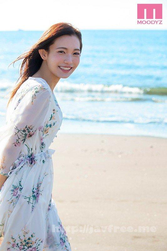 [HD][MIDE-640] 20歳になったばかりのクォーター現役女子大生 綺麗と可愛いの間 咲乃小春 - image MIDE-640-10 on https://javfree.me