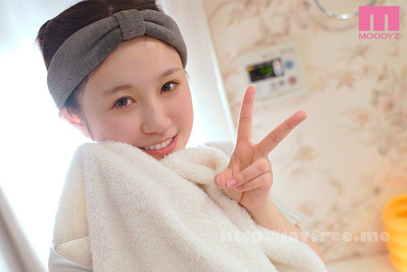 [HD][MIFD-175] 新人 石川県で育った美肌グランプリ第一位!肌年齢3歳の童顔可愛いベビーフェイス! 肌と心がキレイな美少女AVdebut 八神未来 - image MIFD-175-9 on https://javfree.me