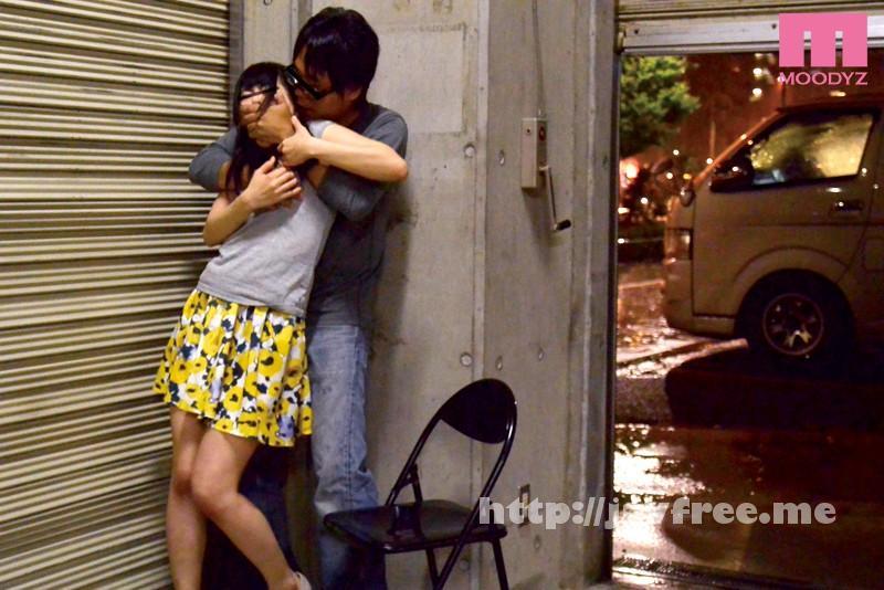 [MIMU-031] 酔いつぶれたカレシを介抱する欲求不満なパンチラ女をレイプ! - image MIMU-031-6 on https://javfree.me