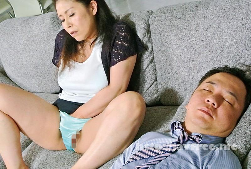 [MLW-2127] 母子相姦〜五十路母の爛れた欲情 水野淑恵 - image MLW-2127-18 on https://javfree.me