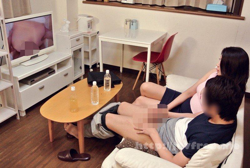 [MMIX-026] ドスケベ五十路美熟女がAV観賞しながらねっとり手コキ 初体験でマ○コ濡れ濡れ中出し性交