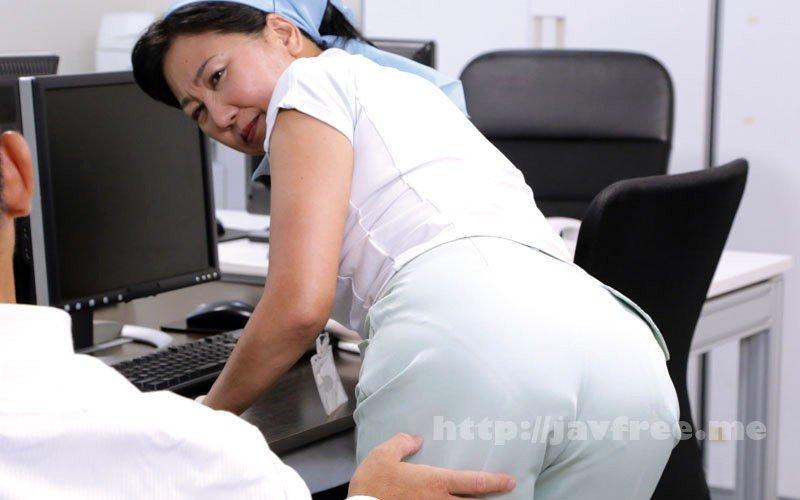 [HD][MOKO-034] 「ヤリたくなっちゃうから、いじらないで~」掃除のおばさんのムチ尻をねちっこく触ってみたら… 180分 - image MOKO-034-1 on https://javfree.me